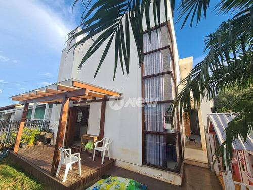 Casa Com 3 Dormitórios À Venda, 144 M² Por R$ 620.000,00 - Canudos - Novo Hamburgo/rs - Ca3737
