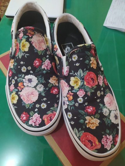 Tênis Vans Slip On - Garden Floral Black - Original - 38