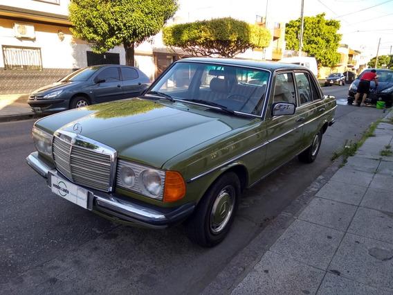 Mercedes Benz 200 A/a D/h / Nafta / 1981