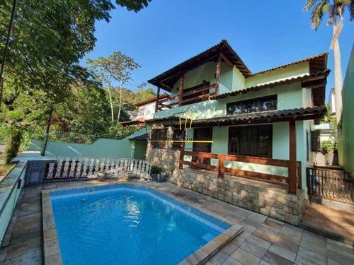 Casa 4 Quartos Com Piscina - Capim Melado - Cgcn40013