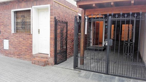 Oportunidad!!! Casa Con Muy Buen Acceso