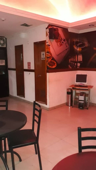 Oficina En Venta Cc El Valle/ Pc 04127233434