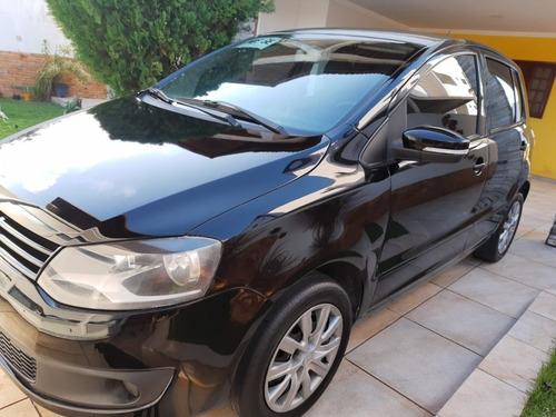 Imagem 1 de 12 de Volkswagen Fox 2012 1.0 Vht Silver Total Flex 5p