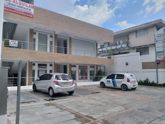 Alquilo Locales Comerciales Zona Muy Exclusiva De Zona Uasd