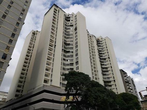 Apartamento 20-6068 Mariosy Romero 0412 255 2277