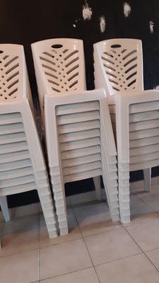 Se Venden 30 Sillas De Plástico Nuevas Buena Calidad