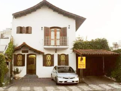 Vende-se Comercial Casa - 2082
