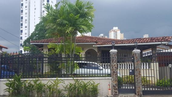 Amplia Casa En Alquiler Casa 73 Avenida Via Porras En Carras