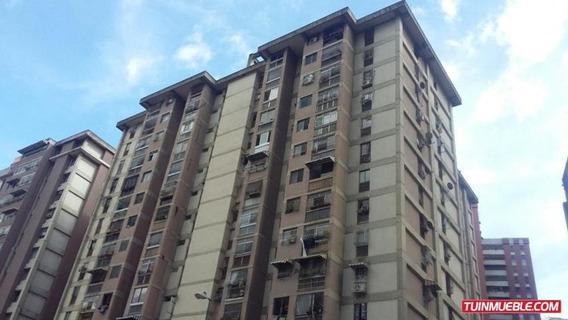 Apartamentos En Venta 19-15270 Josefina Caro 04241566697