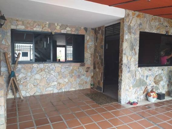 Se Vende Hermosa Casa, Las Acacias