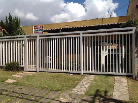 Casa Bairro Alípio De Melo Av. Dos Engenheiros