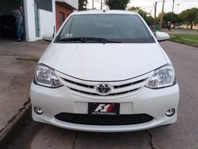 Toyota Etios 1.5 Sedan Xs