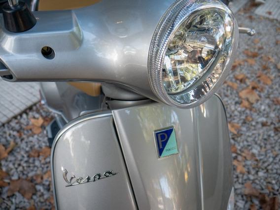 Vespa Gris 150 - Motoplex San Isidro