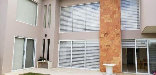 Residencia En Renta El Campanario