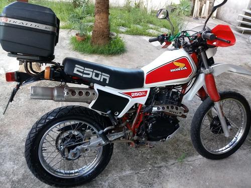 Imagem 1 de 10 de Honda Xl-250r Ano 1983 Placa Preta (colecionador)
