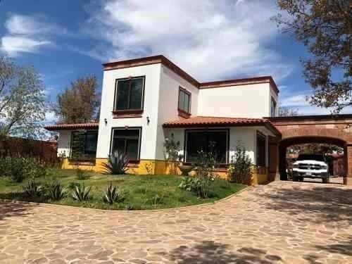 Terreno Amplio Con Casa De Campo, Arandas Jalisco