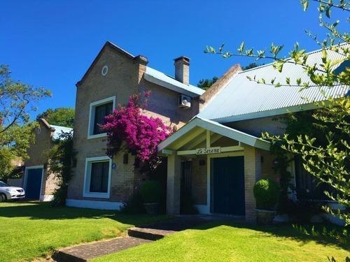 Casa En Venta  - Prop. Id: 4115
