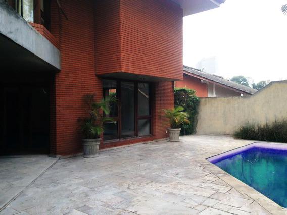 668- Casa De Alto Padrão Localizada Na Alameda Argentina 322