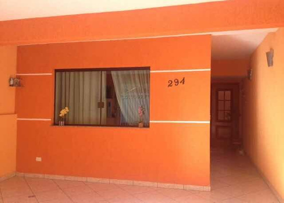 Casa De Três Dormitórios Sendo Duas Suítes Com Sacadas