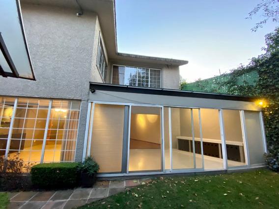Renta Casa En Cerrada Con Jardin