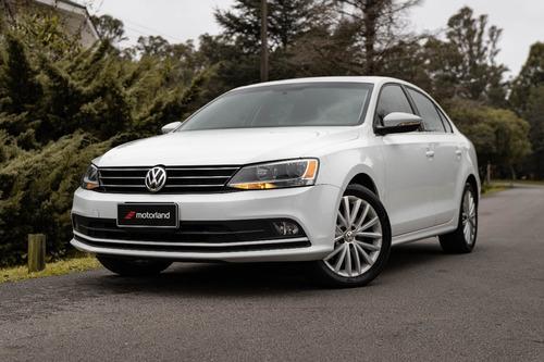 Imagen 1 de 15 de Volkswagen Vento Impecable! - Motorland Permuto / Financio