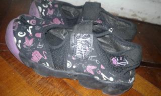 Zapatillas Pezuñas De Violetta Color Negro