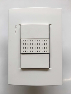 Placa Bticino Living Light Blanca Con Zumbador N4356/127 V