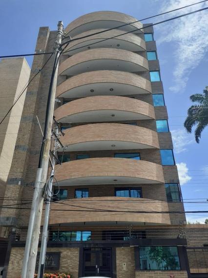 Apartamento En Venta En El Bosque 04121994409