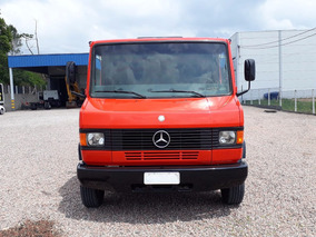 710 Caminhão Mercedes Benz Carroceria