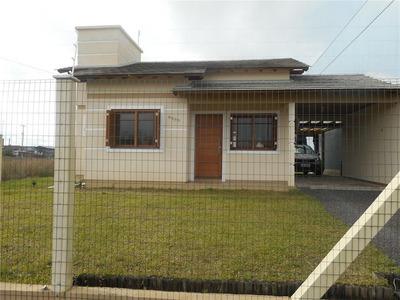 Casa Sozinha No Terreno Em Zona De Moradia No Centro De Imbé. - Codigo: Ca0192 - Ca0192