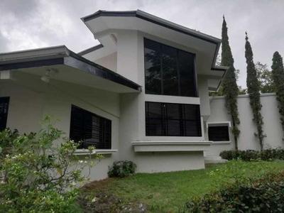 Alquilo Casa Espectacular En Las Cumbres 19-5988**gg**