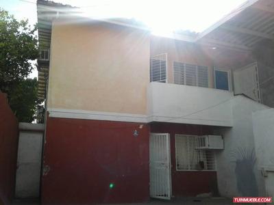 Casa En Urb. Bael, Sector La Ovallera