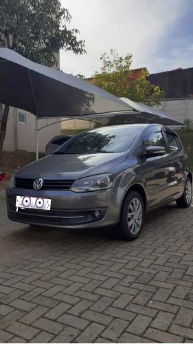 Volkswagen Fox 2012 1.0 Vht Total Flex 5p