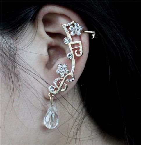 Brinco Dourado Ear Cuff Notas Musicais Strass Fashion 6,5 Cm