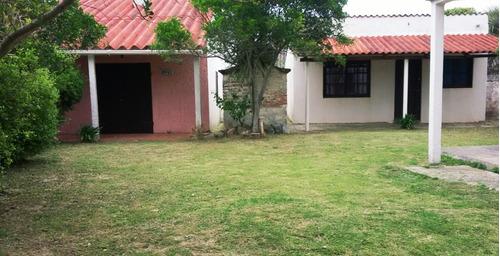 Ideal Renta 2 Casas En Un Padron