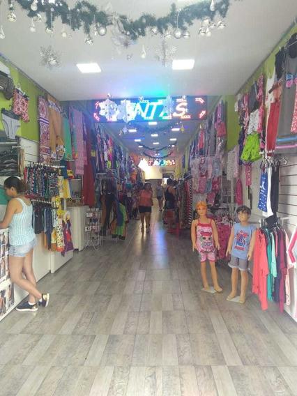 Local En Galería Sobre Av Rivadavia - Dueño Directo Alquila!
