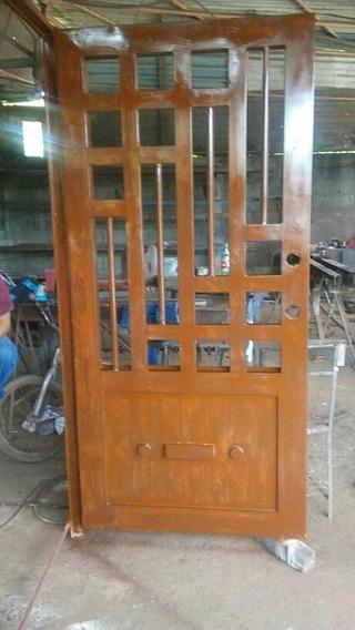 Puerta 2.4 X 1 M Tipo Veteado Madera Con Chapa De Gatillo