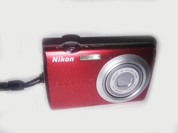 Cámara Fotográfica Y De Video Nikon Coolpix S203
