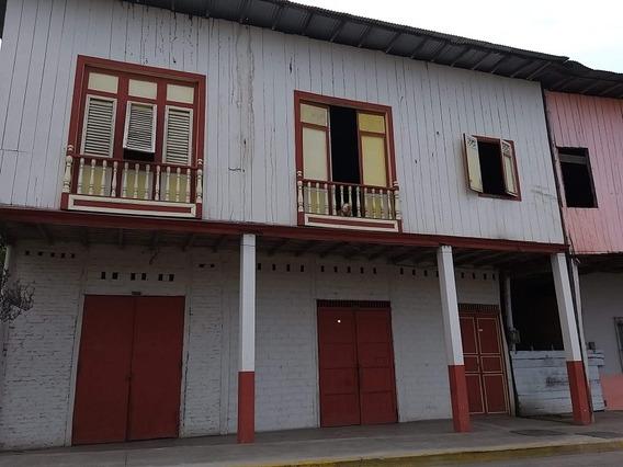 Se Vende ...en Pleno Centro De La Ciudad De Arenillas,300m2