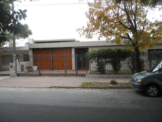 Casa Venta Parque Velez Sasrfield