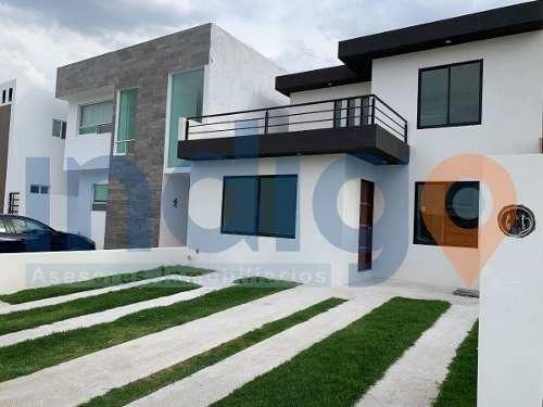 Casa En Venta En Grand Juriquilla (2 Recámaras En Pb)