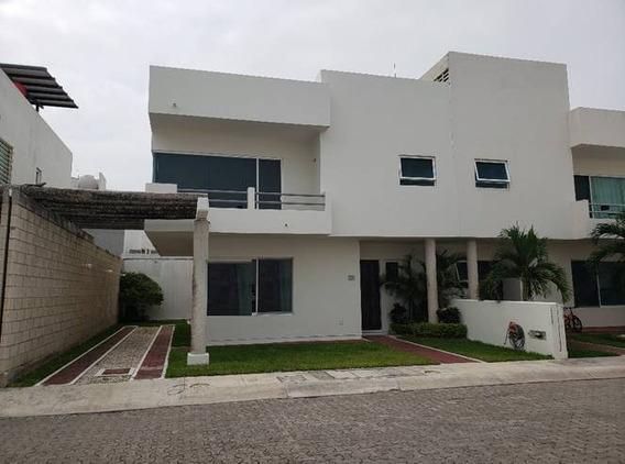 Se Vende Casa En Fracc. Las Palmas