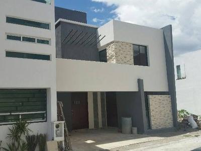 (crm-5190-738) Casa En Venta En Fraccionamiento Britania La Calera Puebla