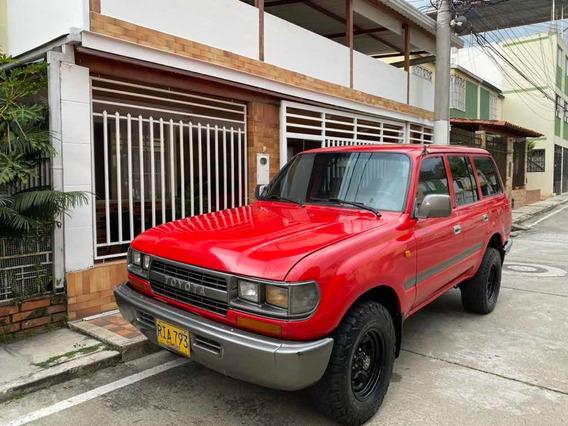Toyota 93 Burbuja Samurai