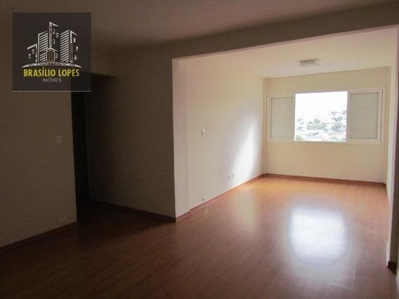 Apartamento Com 02 Dormitórios E 1 Vg No Ipiranga | M2213