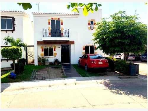 Casa Sola En Venta Mediterraneo Residencial Exclusivo Cerca De Centros Comerciales