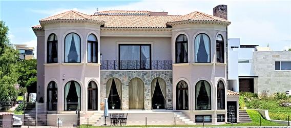 Preciosa Casa Increíblemente Hermosa En El Campanario