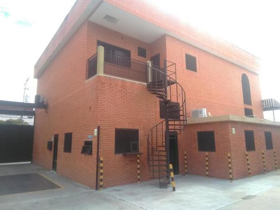 Edificio En Venta Barquisimeto 19-18442 Rb
