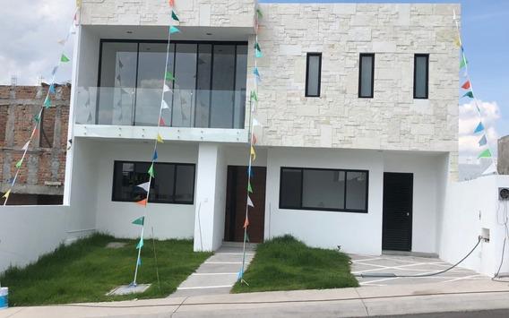 Venta Casa Nueva Lomas De Juriquilla Tres Recamaras