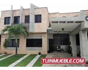 Townhouse En Venta Los Mangos Valencia 19-11201 Gz